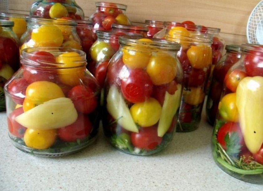 Острые помидоры с болгарским перцем