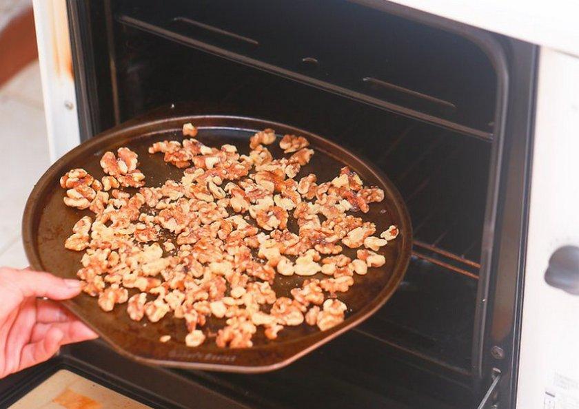Прожарка орехов в духовке