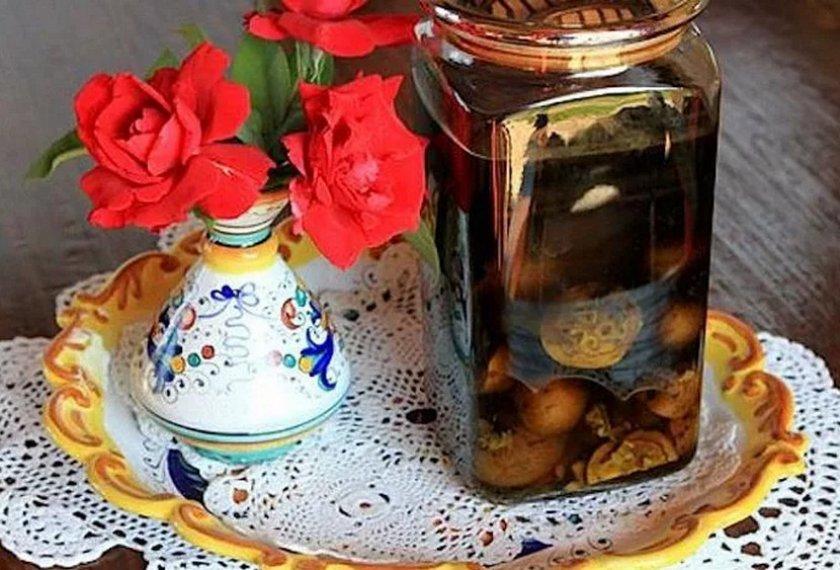 Настойка на самогоне и грецких орехах