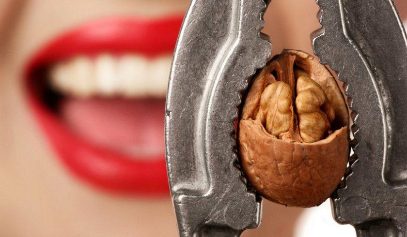 Орехи для укрепления зубов