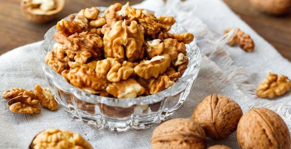 Как правильно есть грецкие орехи