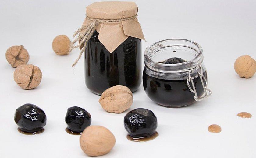 Варенье из незрелых орехов с кожурой