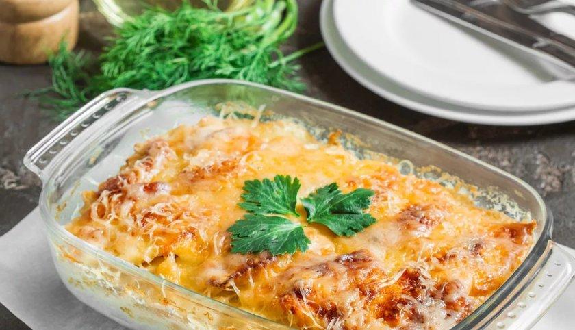 Картофельная запеканка с сыром и грибами: классический рецепт