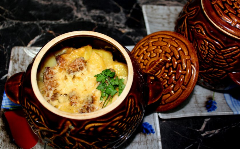 Филе курицы с шампиньонами в сметанном соусе
