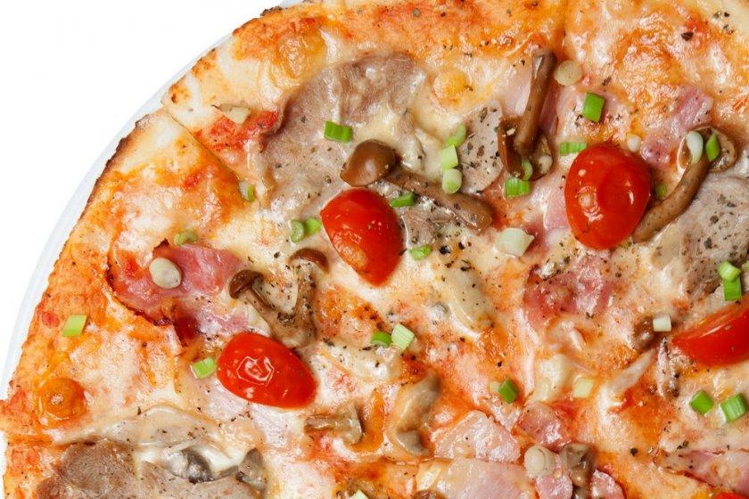 Пицца с маринованными опятами