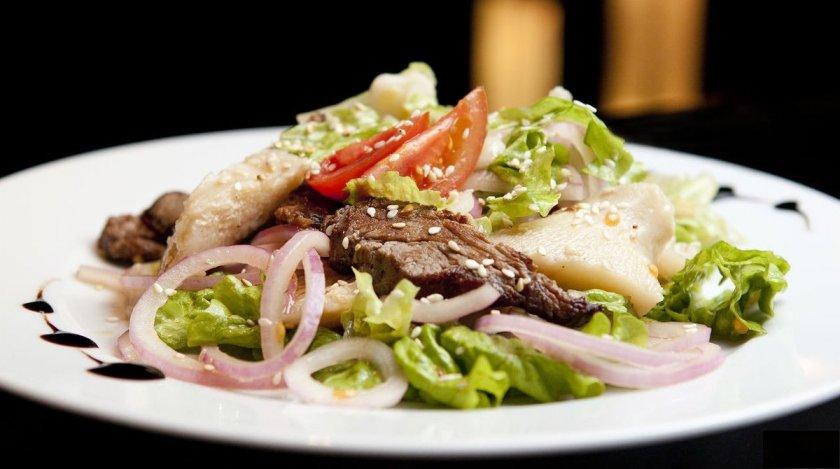 Салат из соленых груздей — Ягоды грибы
