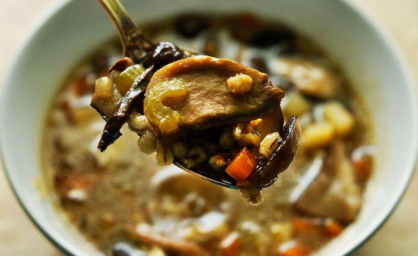 Суп из сушёных белых грибов