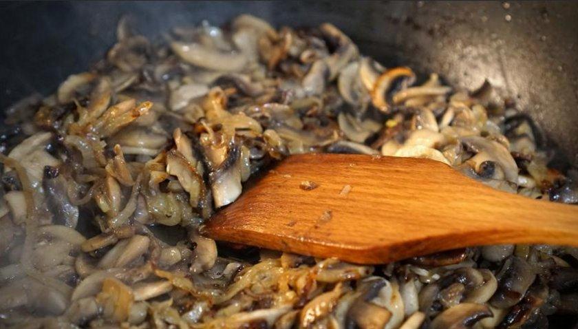 Жареные сушёные грибы