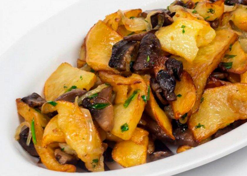 Сушёные грибы с картофелем