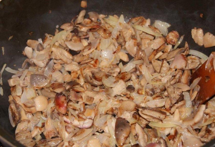 Сыроежки жареные с картошкой