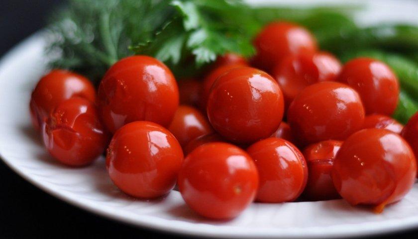 Соленые помидоры черри