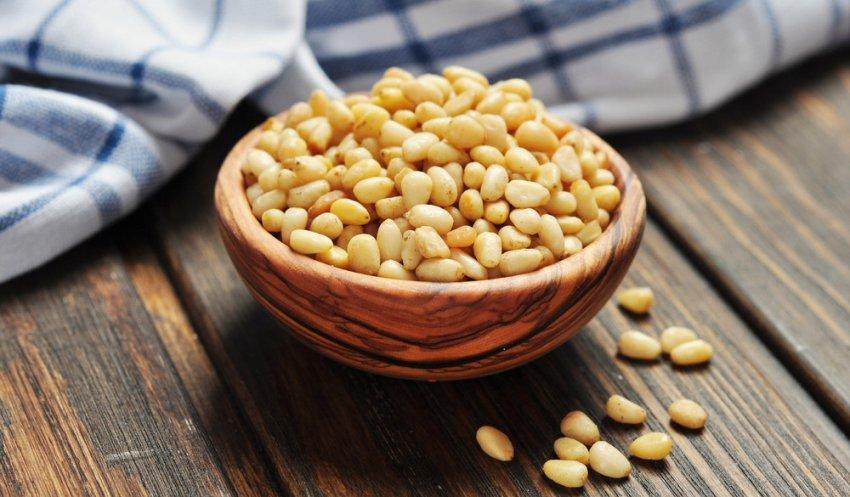 Кедровые орехи для здоровья женщин