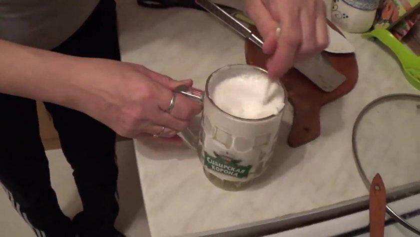 Сколько жарить горбушу на сковороде (стейки, филе){q}