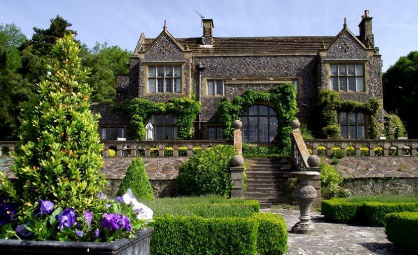 Ландшафтный дизайн в готическом стиле
