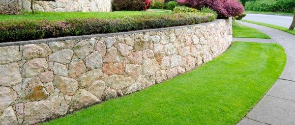 Подпорные стенки в ландшафте