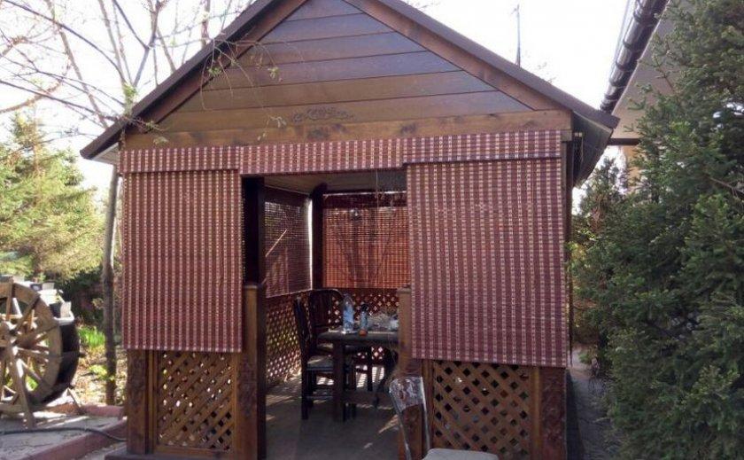 Бамбуковые шторы в беседку