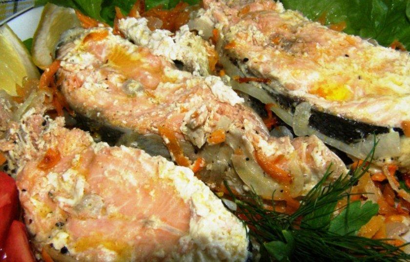 Кета, запечённая в духовке с овощами: рецепты с фото, как приготовить в фольге, филе рыбы с баклажанами