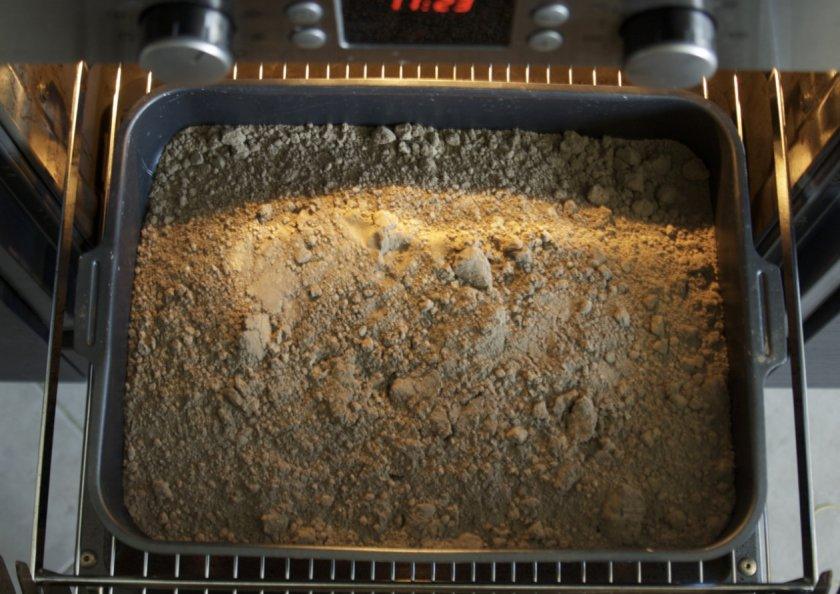 Прокаливание грунта в духовке