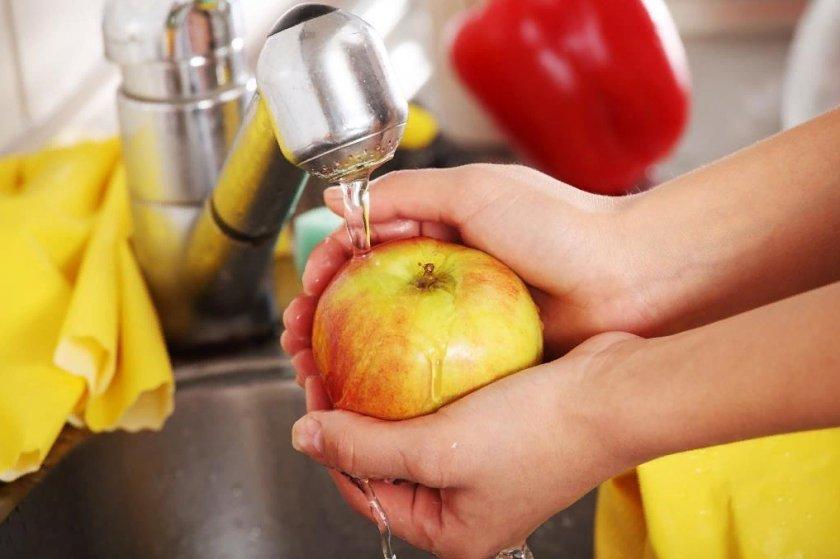 Как уберечься от заражения через еду: обработка купленных овощей и фруктов