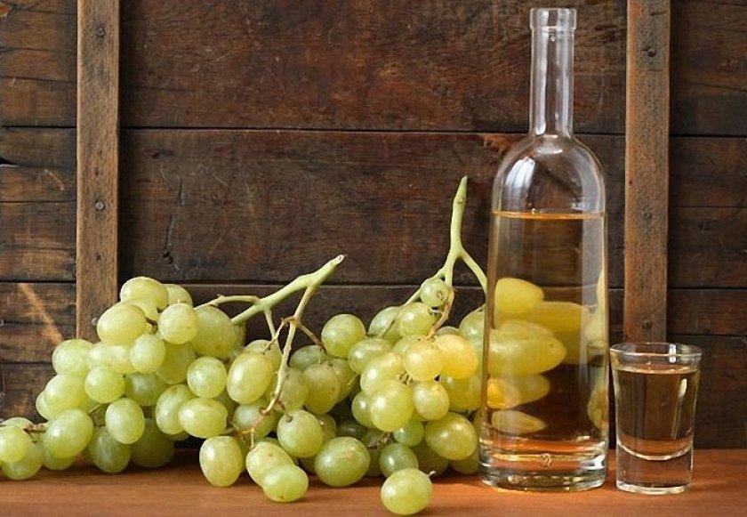 Вино из белого винограда тайфи