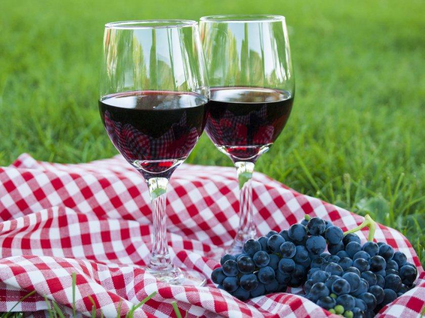 Вино из чёрного винограда