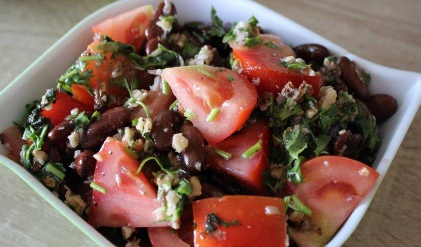 Салат с чёрной фасолью