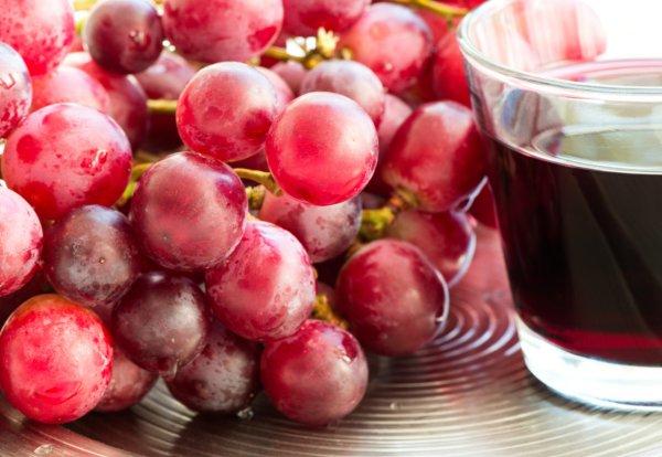 Сок в соковарке из винограда изабелла