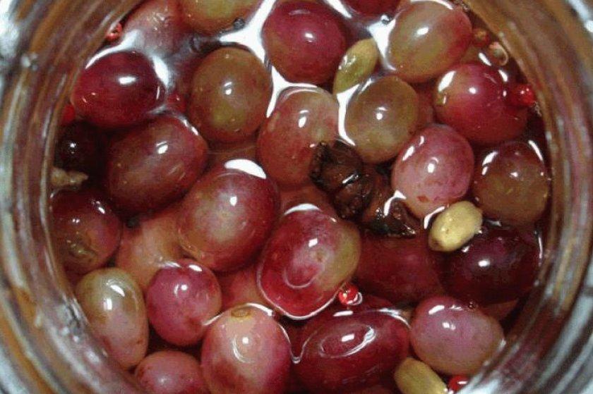 Виноград маринованный по-армянски