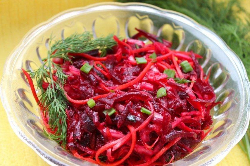 Рецепты салатов с квашеной свёклой