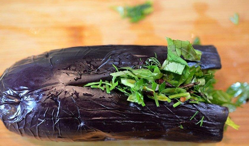 Когда снимать баклажаны с куста в теплице и открытом грунте и как хранить урожай