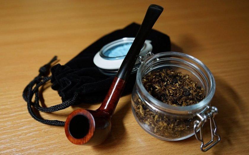 Хранение табака в банке