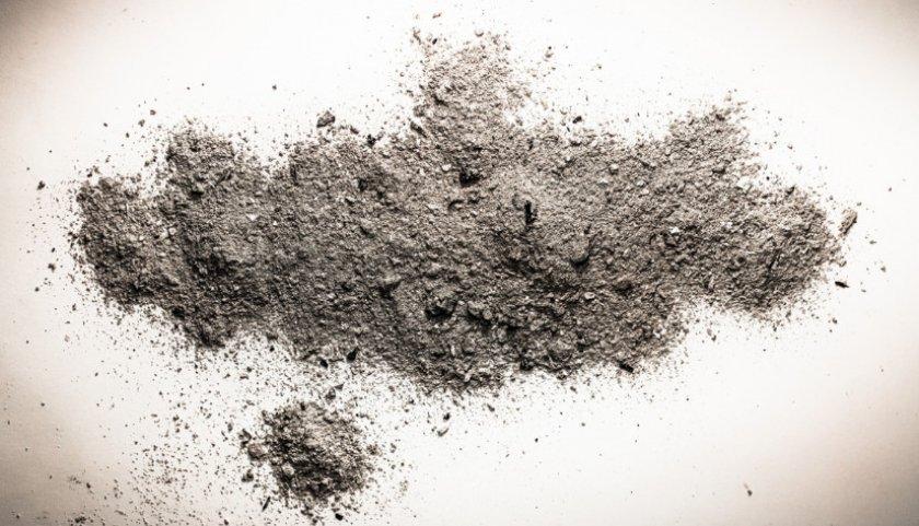 Зола и песок