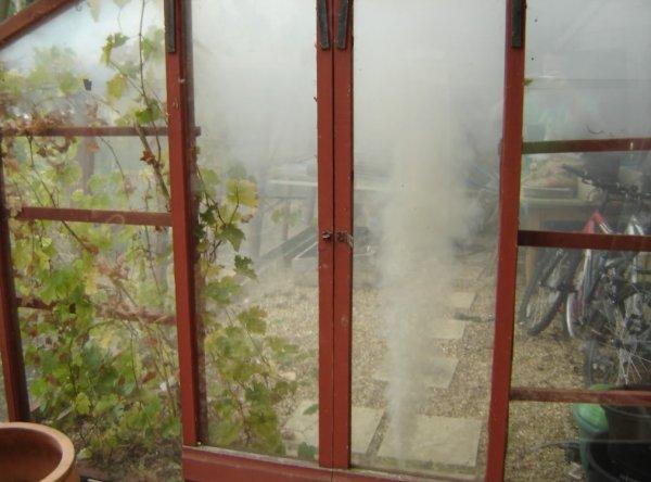 Дымовая шашка для парника