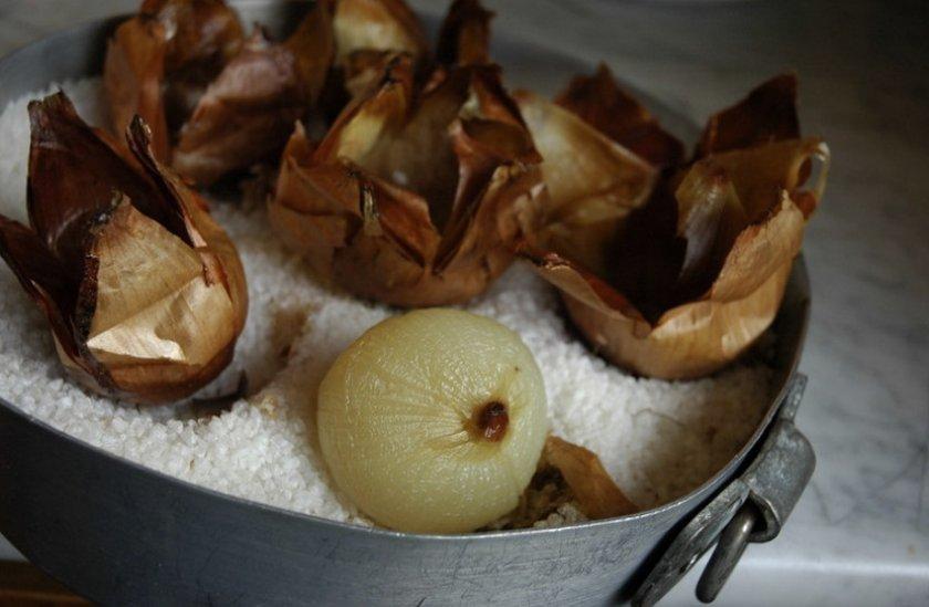Печеный лук от фурункулов