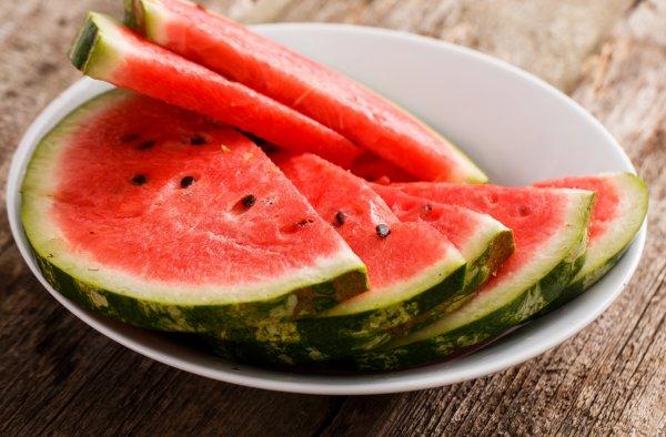 Арбуз и его калорийность можно ли есть при похудении вечером