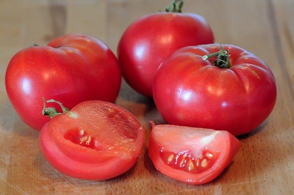 Томат Розовые щечки характеристика и описание сорта урожайность фото отзывы