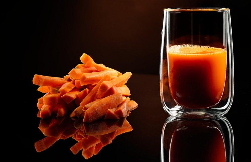 Вред и противопоказания морковного сока