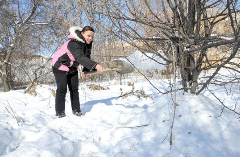 Отгребание снега