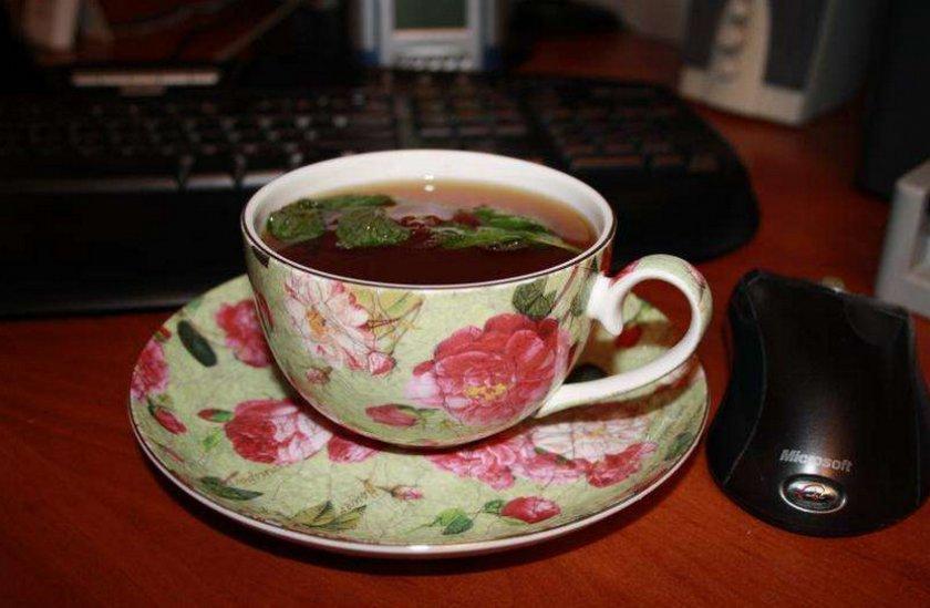 Заваривание чая из вишнёвых листьев