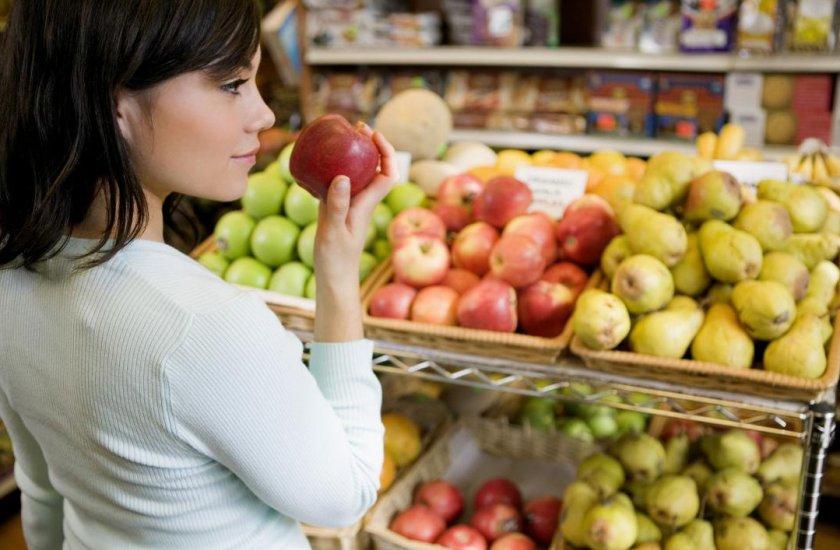 Как выбрать яблоко