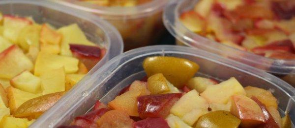 Как заморозить яблоки на зиму: 5 способов