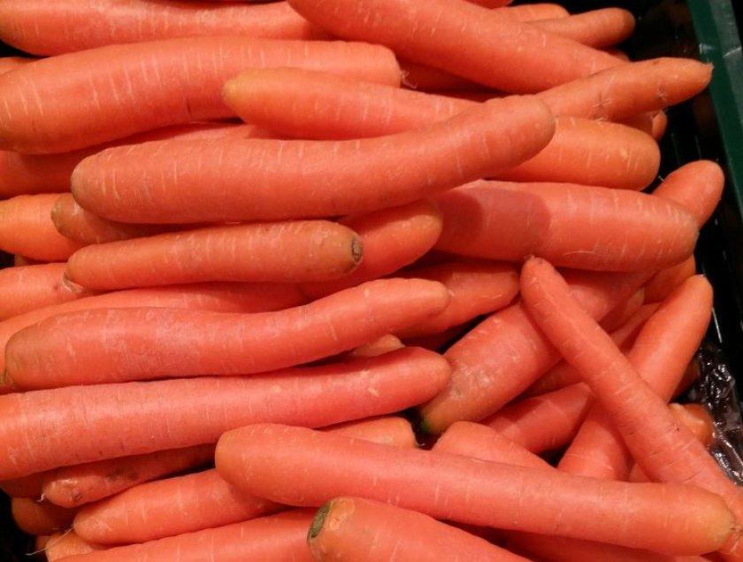 Морковь сорта Санькина любовь
