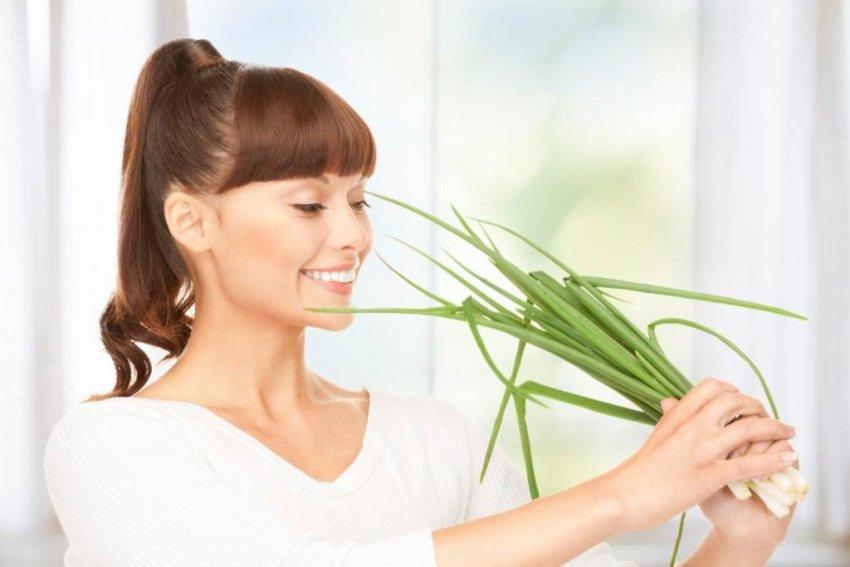 польза лука для женского организма