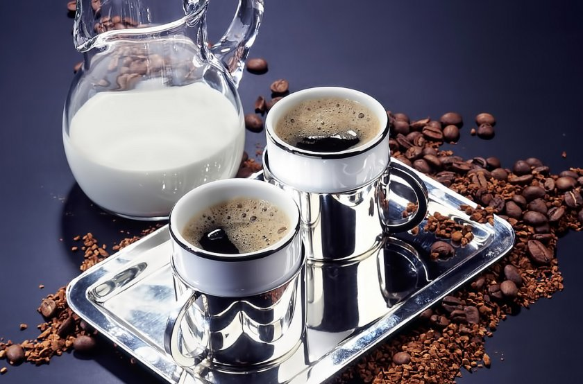 Почти половина британских любителей кофе выбирают веганское молоко
