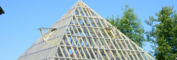 Теплица Пирамида из поликарбоната: сделать своими руками, чертеж