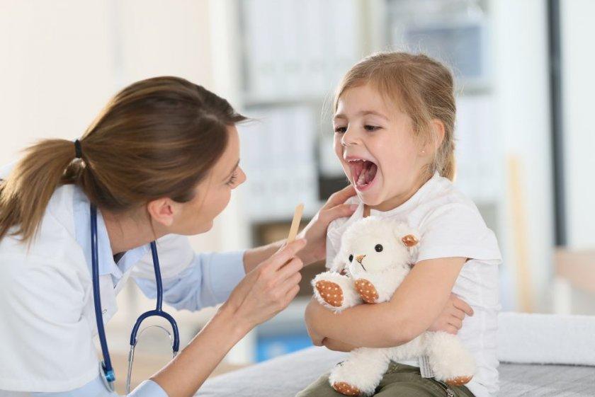 Ребёнок и педиатр