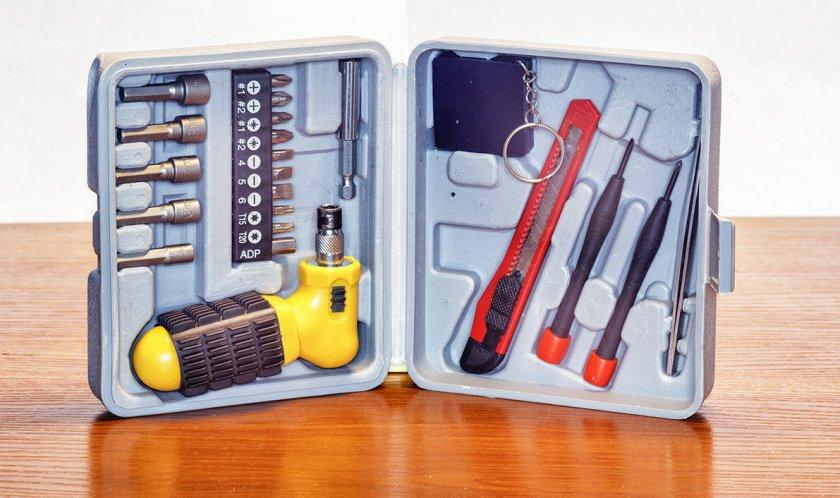Инструменты для сборки теплицы