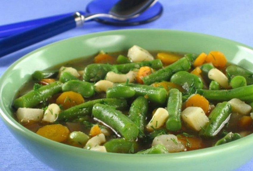 Овощной суп со спаржевой фасолей