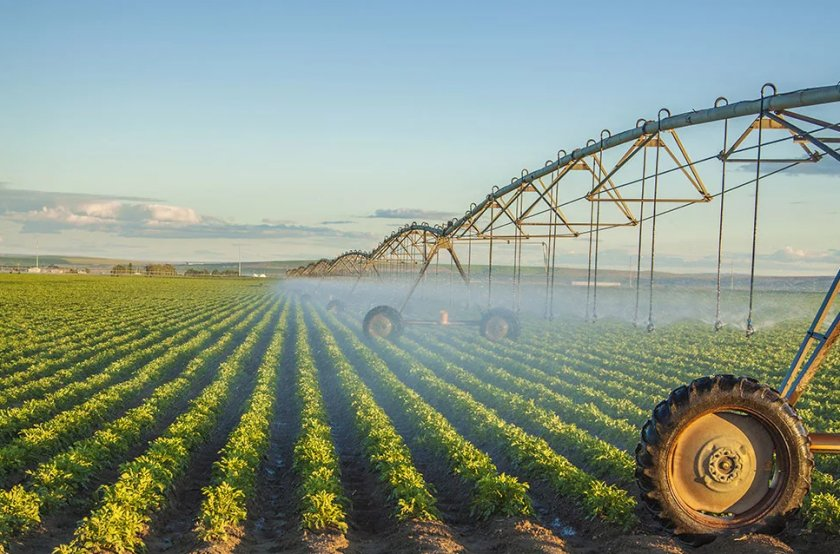 Аграрии Херсонской области начали поливочные работы