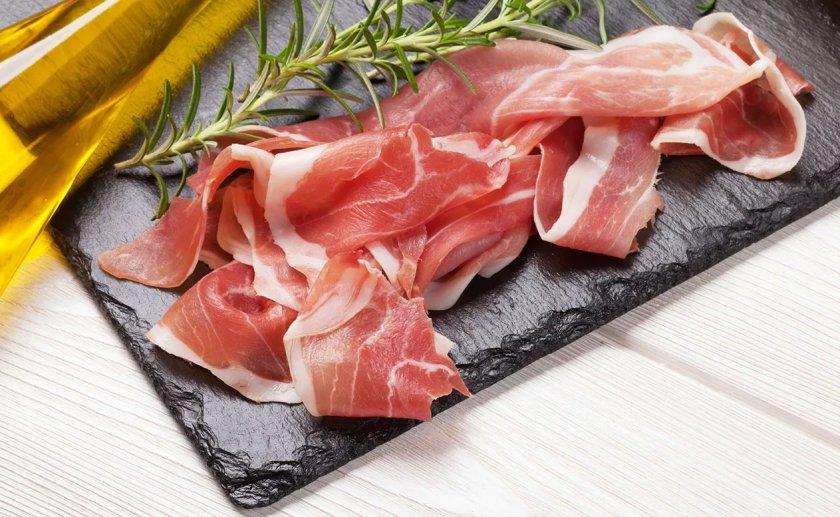 Бекон может подорожать из-за вспышки китайской чумы свиней